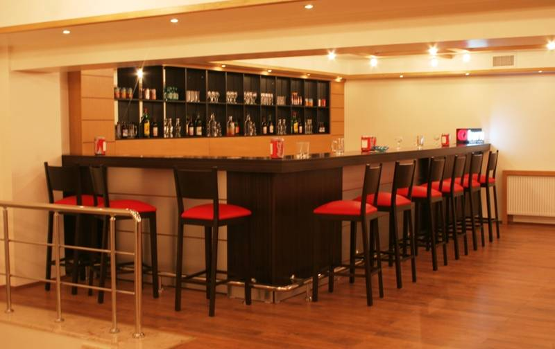 Gimat Otel-Bar
