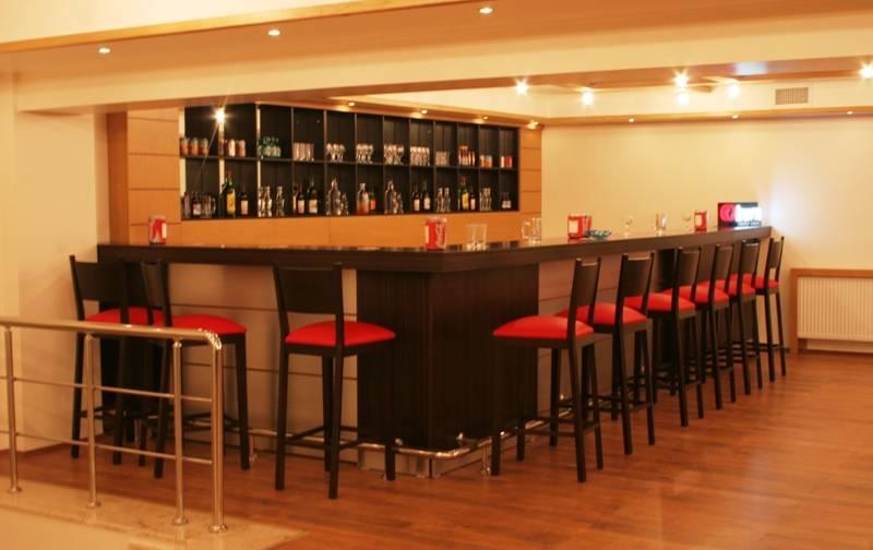 Gimat Hotel-Bar