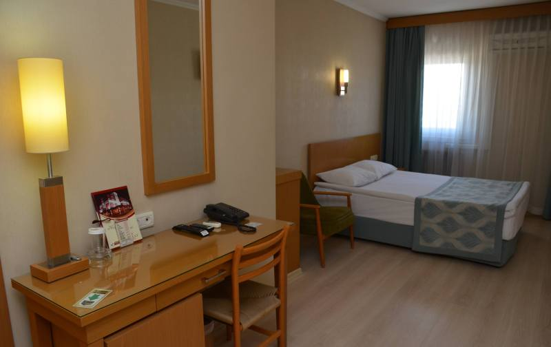 Gimat Hotel-Rooms